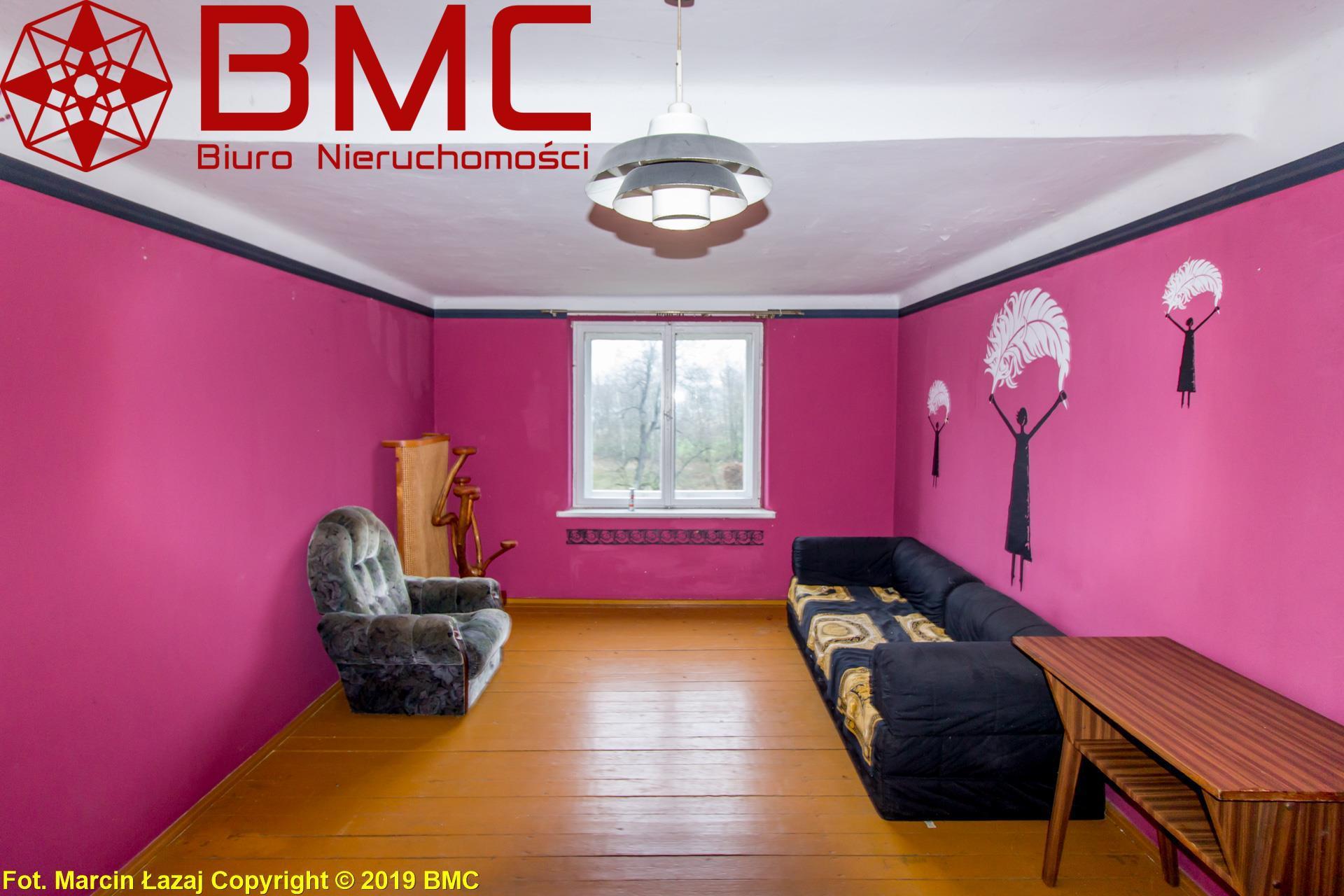 Nieruchomość Mieszkanie sprzedaż Braszczok Mieszkanie 667zł za metr do remontu - Braszczok Lisów1